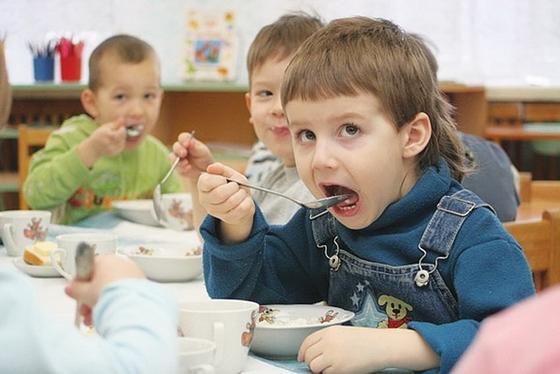 Страшная тайна, или Как малышей сняли с довольствия